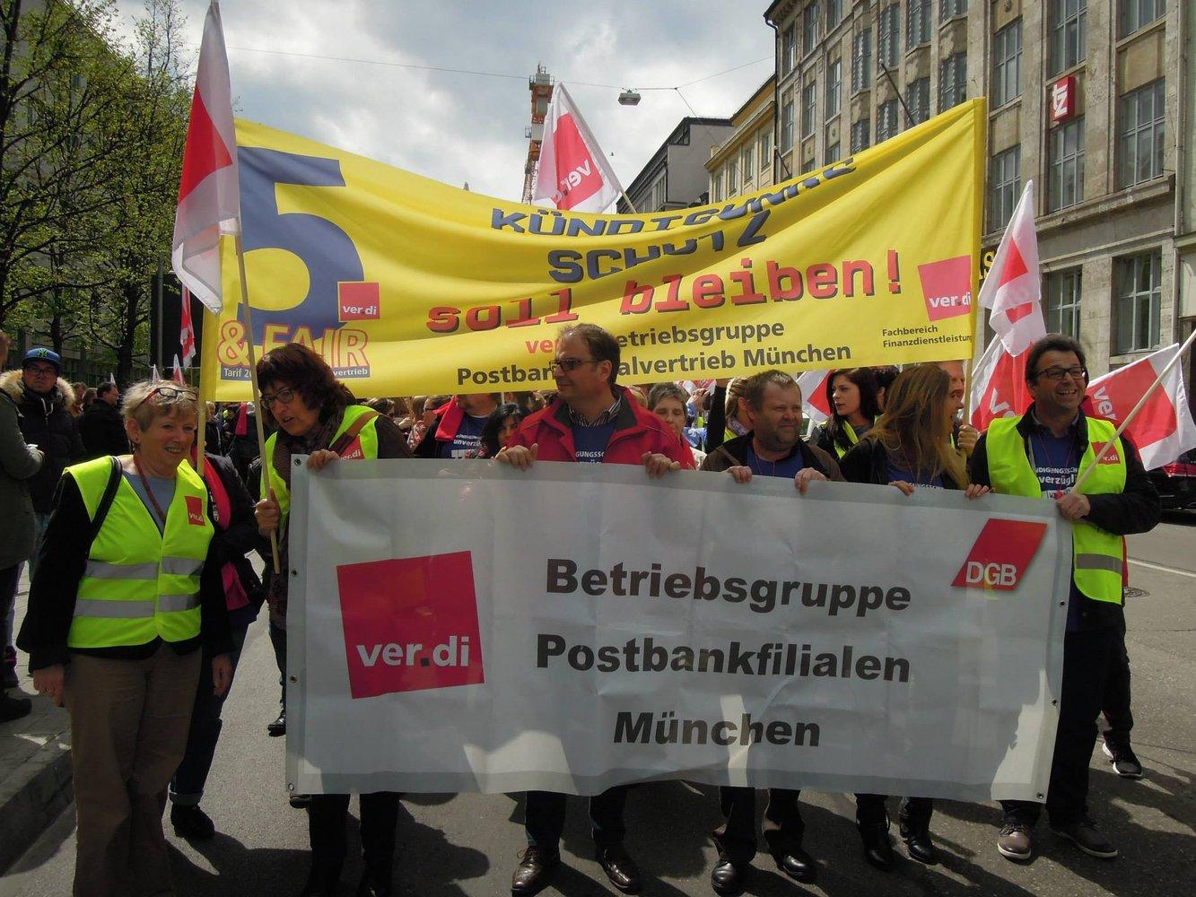 Postbank: Erste Filialen In München Im Warnstreik