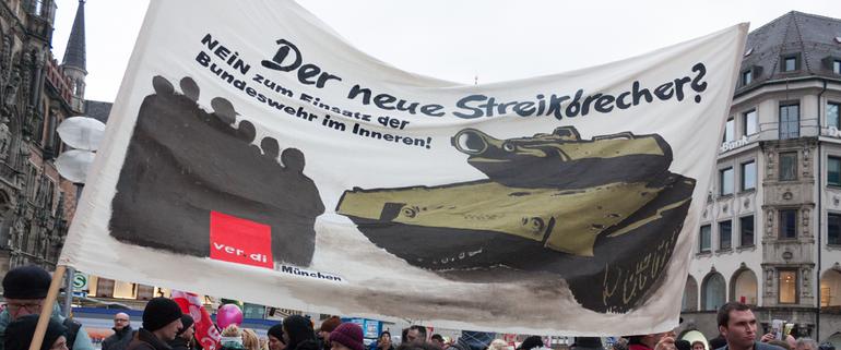 Der neue Streikbrecher?ver.di auf der Demonstration gegen die NATO-Sicherheitskonferenz in München
